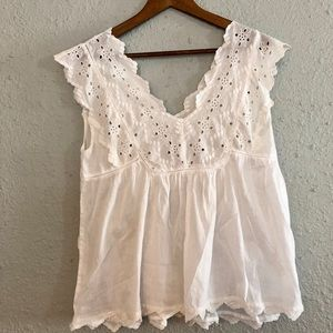 White Lucky Brand blouse with crotchet